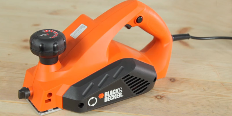 Обзор BLACK+DECKER KW712 Электрорубанок