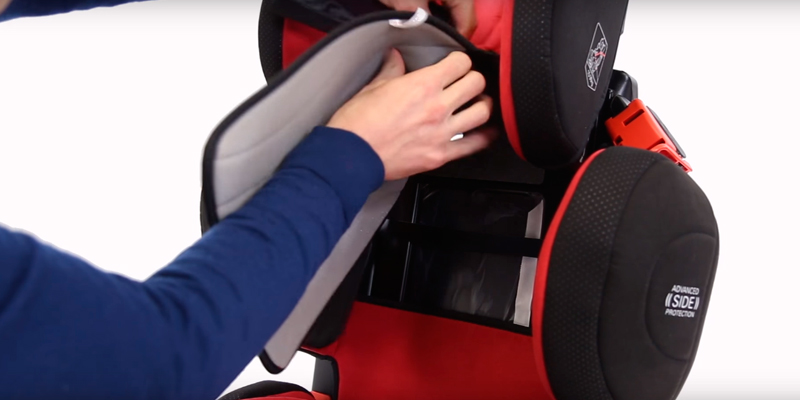 Подробный обзор RECARO Young Sport HERO Racing Red